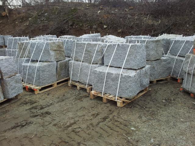 granit mauersteine grau 50 50 60 140 interbruk s c. Black Bedroom Furniture Sets. Home Design Ideas