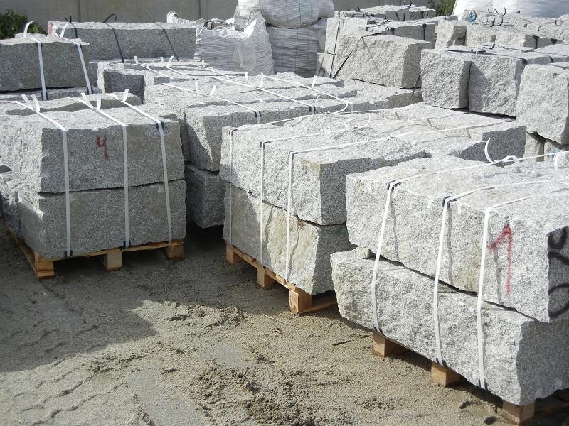 granit mauersteine grau 40 40 60 140 interbruk s c hersteller von granitpflaster granit. Black Bedroom Furniture Sets. Home Design Ideas